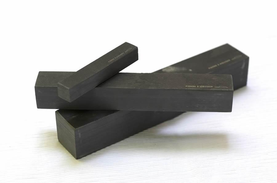 pierre aiguiser naturelle des pyr n es. Black Bedroom Furniture Sets. Home Design Ideas